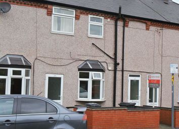 Thumbnail 1 bed flat to rent in Claremont Road, Rugby