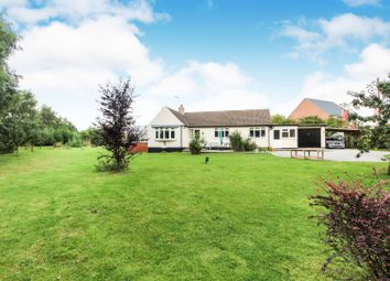 Thumbnail 3 bed detached bungalow for sale in Oak Road, Market Weighton