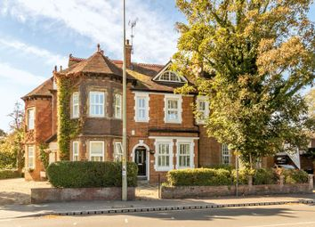 3 bed property for sale in Abingdon Road, Oxford OX1
