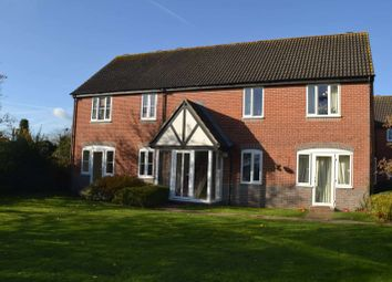 Thumbnail 2 bedroom flat to rent in Adwood Court, Thatcham