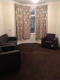 Thumbnail 3 bed flat to rent in Crofton Road, Plaistow