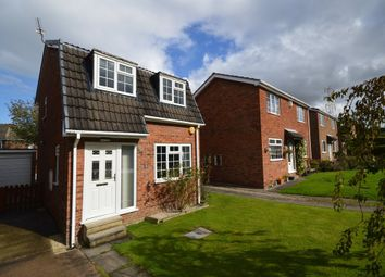 Thumbnail 2 bed detached house to rent in Rockwood Crescent, Calder Grove, Wakefield