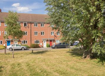 Thumbnail 4 bedroom town house for sale in Foskett Way, Aylesbury