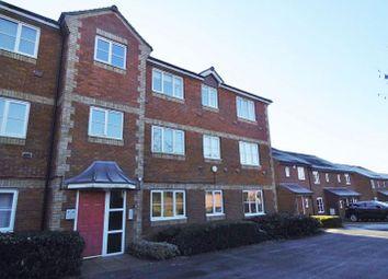 Thumbnail Flat to rent in Breadels Court, Breadels Field, Beggarwood, Basingstoke