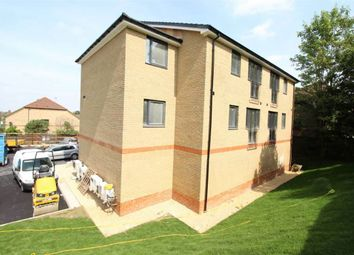 Thumbnail 1 bed flat to rent in Earls Court, Luton, Bedfordshire