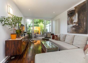3 bed property for sale in Southgate Road, De Beauvoir, London N1