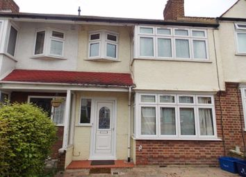 Thumbnail 3 bedroom property to rent in Elm Close, Buckhurst Hill