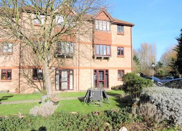 Thumbnail 1 bed flat to rent in Bryanstone Road, Waltham Cross