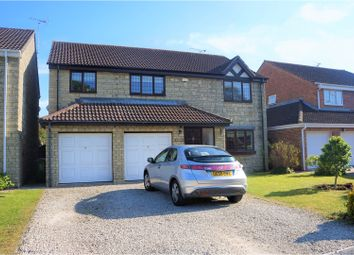 Thumbnail 5 bedroom detached house for sale in Kenwin Close, Swindon