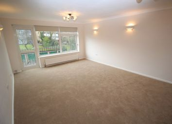 Thumbnail 2 bedroom flat to rent in Station Road, New, Barnet