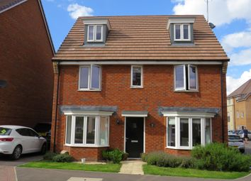 Thumbnail 5 bed detached house for sale in Fieldfare, Leighton Buzzard