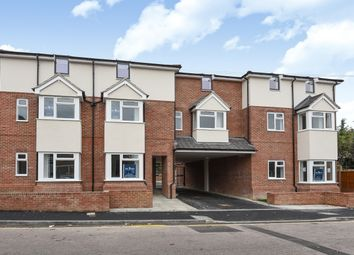 Thumbnail 2 bedroom flat for sale in Empress Road, Leagrave, Bedfordshire