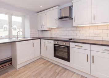 Thumbnail 2 bed flat to rent in Market Square, Witney
