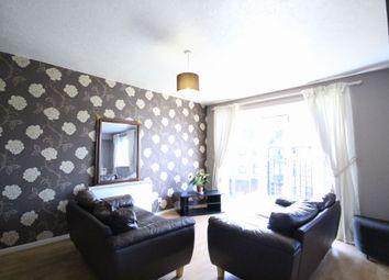Thumbnail 2 bed flat to rent in Barnfield Place, Docklands, London