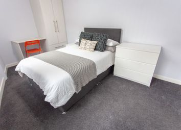 Thumbnail 3 bed flat to rent in Holt Road, Liverpool