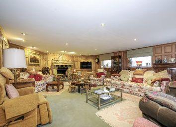 Thumbnail 6 bedroom detached house for sale in St. Leonards Hill, Windsor