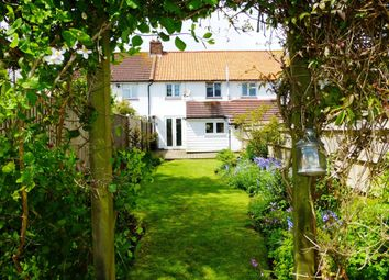 Thumbnail 2 bedroom cottage to rent in Wallace Road, Rustington, Littlehampton