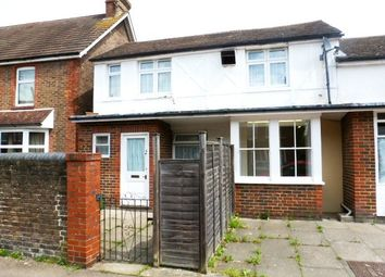 Thumbnail 2 bed flat to rent in Swindon Road, Horsham