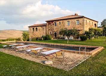 Thumbnail 7 bed farmhouse for sale in 53024 Montalcino Si, Italy