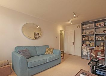 2 bed flat to rent in Walham Green Court, London SW6