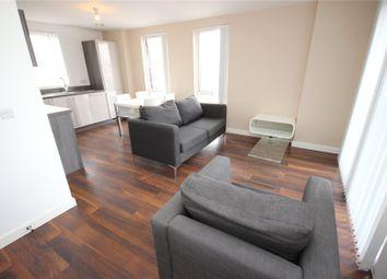 3 bed flat to rent in Derwent Street, Salford M5