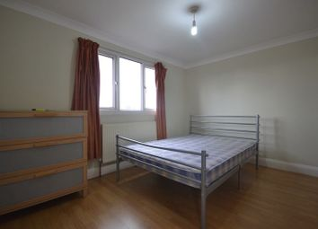 2 bed flat to rent in Southwest Road, London E11