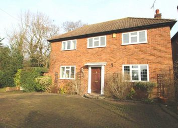Thumbnail 3 bed detached house to rent in Selwood Road, Brentwood