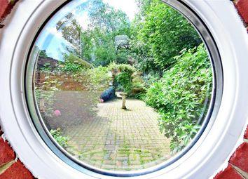 5 bed detached house for sale in Delarue Close, Tonbridge, Kent TN11