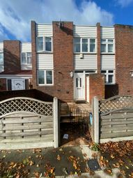 4 bed terraced house to rent in Foremark Close, Ilford IG6