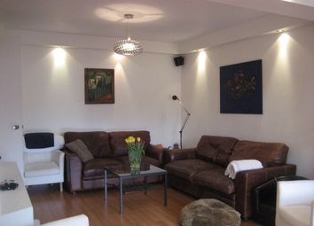 5 bed semi-detached house to rent in Ridge Hill, Golders Green NW11