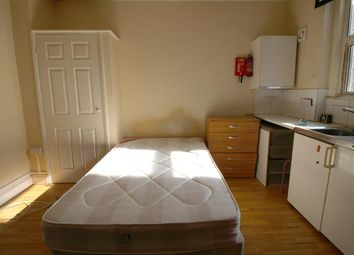 Thumbnail Room to rent in Agamemnon Road, West Hampstead