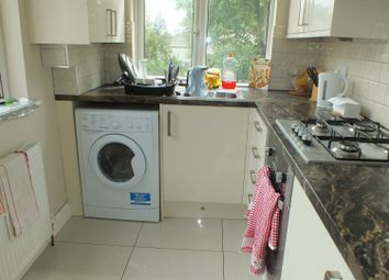 Thumbnail 3 bed flat to rent in Broadway, Leeds, West Yorkshire