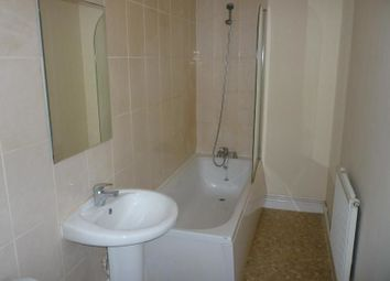 Thumbnail 2 bedroom flat to rent in Collinge Street, Shaw, Oldham