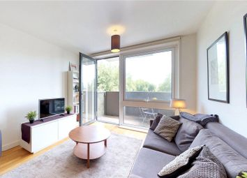 Thumbnail 2 bed flat to rent in Sculpture House, London