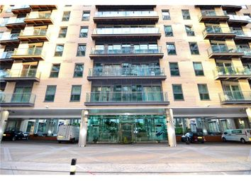 Thumbnail Room to rent in 41 Millharbour, London