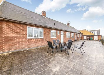 Thumbnail 3 bed flat for sale in Beech Road, St. Albans