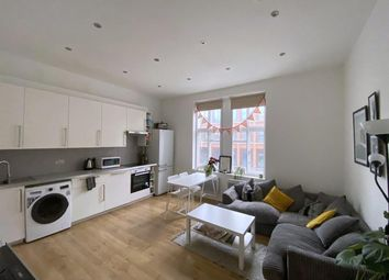 3 bed maisonette to rent in Commercial Street, London E1