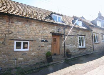 Thumbnail 4 bed cottage to rent in Cross Lane, Tingewick, Nr. Buckingham