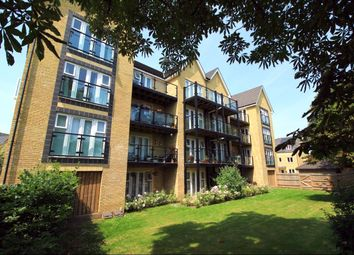 Thumbnail 2 bedroom flat to rent in Stone House Lane, Dartford