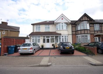 Thumbnail Studio to rent in Prestwood Avenue, Harrow