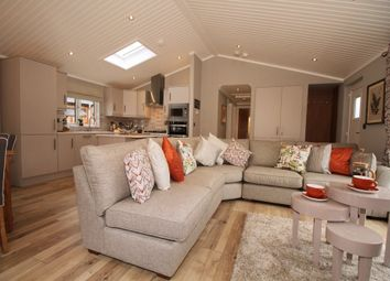 Thumbnail 2 bed mobile/park home for sale in Lower Norton Lane, Kewstoke, Weston-Super-Mare