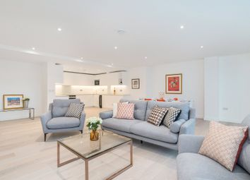 Thumbnail 2 bed flat to rent in Waterloo Road, Southwark
