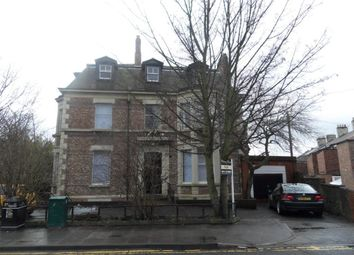 Thumbnail Studio to rent in Rooms Available Now, Clayton Road, Jesmond.