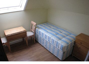 Thumbnail Room to rent in Lynton Road, North Acton