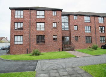 Thumbnail 2 bed flat to rent in Rutherford Court, Kirkcaldy