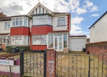3 bed property for sale in New Park Avenue, London N13