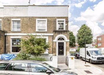 3 bed property for sale in Coity Road, London NW5