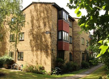 Thumbnail 2 bed flat for sale in Woodview Close, London