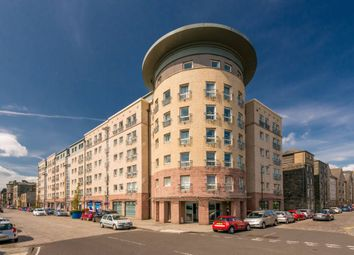 Thumbnail 2 bed flat for sale in 4/20 Constitution Street, Edinburgh