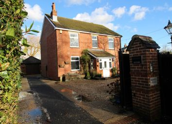 Thumbnail 5 bed terraced house for sale in Bull Lane, Waltham Chase